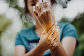 Revmatoidní artritida pohledem čínské medicíny